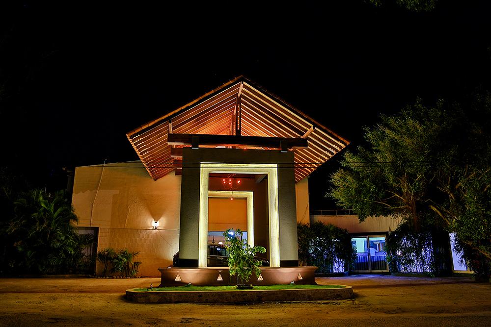 Miridiya lake resort sri lanka hotel original asia for Hotel original